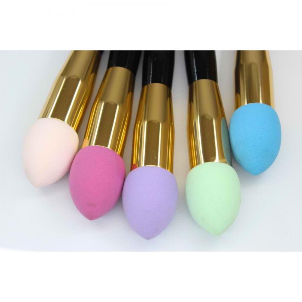 Купить Кисть-спонж для тональной основы - Make Up Me Beauty Blender-Brush