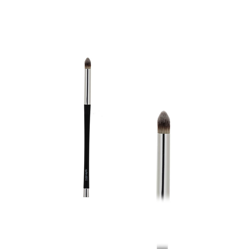 Купить Кисть  для нанесения теней и проработки верхнего века - Make Up Me MMK 008